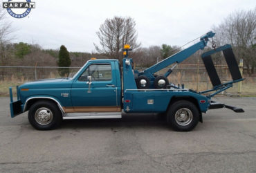 1986 Ford F-350 Wrecker
